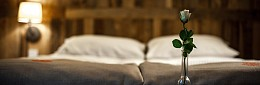 10-hotel-akademia-kuraszkow.jpg
